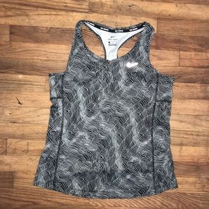 Nike Tops - Nike Dri Fit Run black and white tank